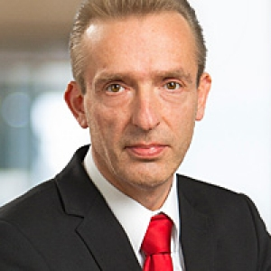 Holger Sauerbier, Derivatives Sales